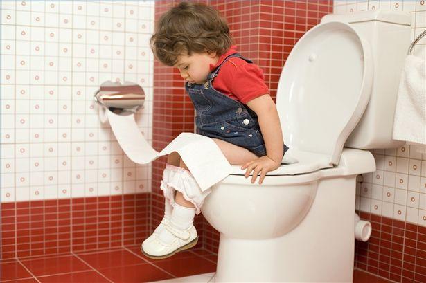 On a la diarrhée quand les selles sont excessives, trop plates et qu'on doit trop aller aux toilettes. Il se peut aussi qu'on doive constamment aller aux toilettes.